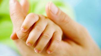 Причины сухости и шелушений рук у ребенка