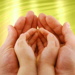 Уход за кожей рук ребенка