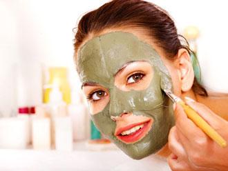 Увлажнение кожи лица глиной